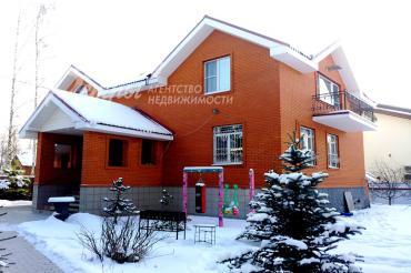 Дом в аренду, 310 кв.м в КП Витязь
